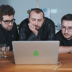 Ali Atay, Feyyaz Yiğit ve Doğu Demirkol'un Ekşi Sözlük Soru-Cevap Videosu