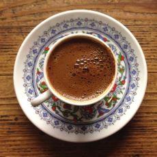 Türk Kahvesi Nasıl Bol Köpüklü Bir Şekilde Pişirilebilir?