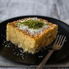 Usta Bir Aşçıdan, Detaylı Püf Noktalarıyla Birlikte: Revani Nasıl Yapılır?