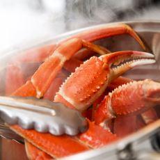 Yengeç ve Istakoz Gibi Deniz Mahsüllerini Canlı Canlı Pişirmek Ne Kadar İnsani Bir Davranış?