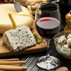 Hangi Şarap Çeşidiyle Hangi Şeyler Yenir?