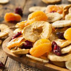 Mideniz Kazındığında Rahatlıkla Tüketebileceğiniz Sağlıklı Atıştırmalık Alternatifleri