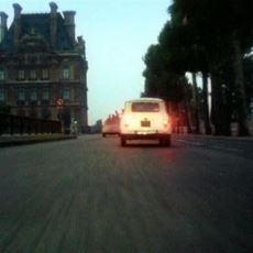 WhatsApp Gruplarında Sıklıkla Paylaşılan Fransa Sokaklarındaki Ferrari Filmi Neyin Nesi?