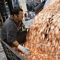 Samsung'un Apple'a 30 Kamyon 5 Cent Yolladığı İddiası Doğru mu?