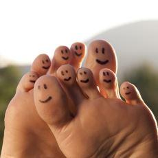 İnsanı Kendisinden Tiksindirecek Boyutlara Varabilen Ayak Kokusu Problemi Nasıl Yenilir?