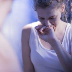 Yaşayanların Ağzından: Kilo Alırım Korkusuyla Yemek Yememe Durumu Anoreksiya Nervoza