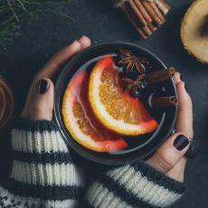 Soğuk Kış Günlerinde İçinizi Isıtacak Bir Sıcak Şarap Tarifi