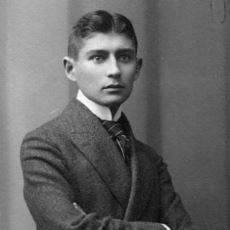 Her Okunuşta İnsana Başka Çıkarımlar Yaptırarak Kendisiyle Cebelleştiren Kafka Aforizmaları