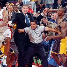 NBA Tarihinin En Büyük Olayı Addedilen, Oyuncuların Tribüne Daldığı Efsane Kavga