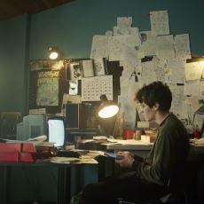 Netflix'in Black Mirror Bandersnatch Filmine Gizlediği Beyin Yakan Gerçek İş İlanı