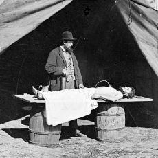 Eski Zamanlarda Kullanılan Bir Tahnit İşlemi: Ölü Bedeni Sirke Dolu Küpe Koymak