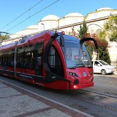 """Bursa Şehir İçi Ulaşımında """"Kadın Öncelikli Vagon'' Uygulamasına Geçiliyor"""