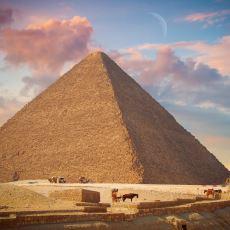 MÖ 2500'lü Yıllarda İnşa Edilen Mühendislik Harikası Keops Piramidi ile İlgili Gizemli Bilgiler
