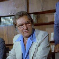 Kemal Sunal Filmlerinde Natuk Baytan'ın Alfred Hitchcock Misali Göründüğü Sahneler