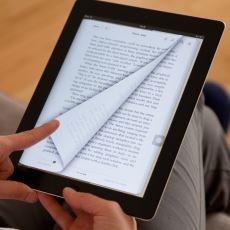 Kitap Kurtlarını Bıçak Gibi İkiye Bölen Tartışma: E-Kitap mı, Basılı Kitap mı?