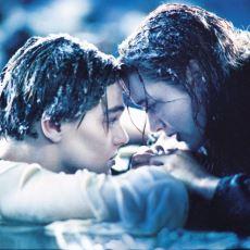 Titanic'in Son Sahnesinde Rose'un, Jack'i Yanına Almaması İdeolojik miydi?