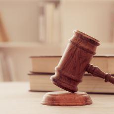 Hukukçuların ve Hukuk Hakkında Bir Şeyler Okumak İsteyenlerin İşine Yarayabilecek Kitaplar