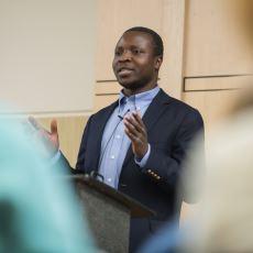 Afrika'daki Köyüne Yokluklar İçinde Hayat Veren Mucit: William Kamkwamba