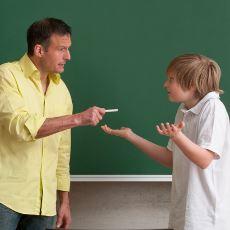 Okul Hayatı Boyunca Öğretmenlerden İşitilen En Tuhaf Azarlar