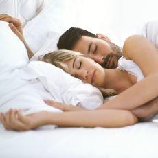 Sevgilinin Kolun Üstüne Yatmasından Kaynaklanan Bir Rahatsızlık: Cumartesi Gecesi Felci