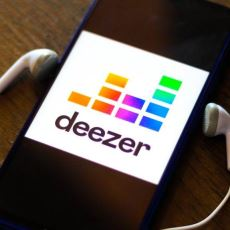 Online Müzik Dinleyicilerinin Kararsız Kaldığı Seçim: Deezer mı, Spotify mı?