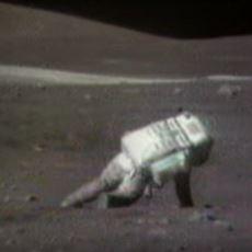 Koca Uzayda Takılıp Yere Düşmeyi Başaran Astronotların Görüntüleri