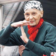 Tam 48 Sene Önce Hayatını Değiştirdiği Bir Sözlük Yazarının Gözünden: Türkan Saylan