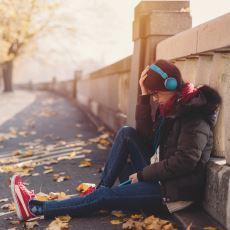 Nörobilimcilerin Anksiyeteyi %65 Oranında Azalttığını Keşfettiği Şarkı: Weightless