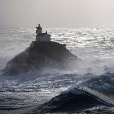 Denizin Ortasındaki Deniz Feneri'nde 60 Gün Geçirecek Olan Adam