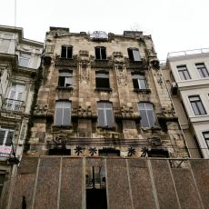 Art Nouveau Mimarisinin İstanbul'daki İlk Eseri: Botter Apartmanı