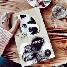 Peyami Safa Klasiği Yalnızız Romanının Benlik, Tin ve Matrix Ekseninde Yapılan Felsefi Analizi