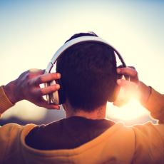 Kulaklık Seçiminde Doğru Bir Tercih Yapmak İçin Dikkat Edilmesi Gereken Hususlar