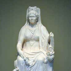 Anadolu Kültürünün En Önemli Tanrıçası Kibele (Kybele) Kimdir?
