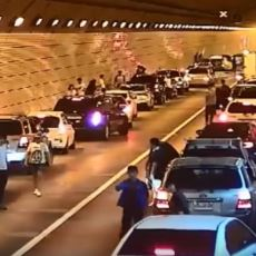Tünelde Gerçekleşen Kaza Sonrası Güney Koreli Sürücülerin Ambulansa Yol Açması