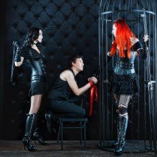 BDSM'in İki Rolü Submissive (İtaatkar) vs Slave (Köle) Arasındaki Farklar