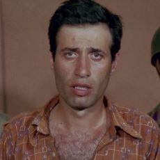 Kibar Feyzo Filminde Komünizm Yasaklarına Yapılan İnce Gönderme