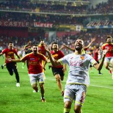 Issız Kuytu Köşelerden Süper Lig'e: Göztepe'nin 14 Yıl Sonraki Geri Dönüşünün Ekşi Sözlük Yansımaları