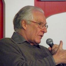 Komünist Filozof Alain Badiou'nun COVID-19 Salgını Hakkındaki İlgi Çekici Analizi