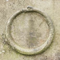 Yeniden Doğuş ve Sonsuz Döngüyü İfade Eden Sembol: Ouroboros