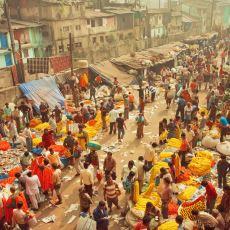 Kalabalıklığını Hiyerarşik Düzenle Yoğurarak Bir Adım Öteye Gidemeyen Ülke: Hindistan