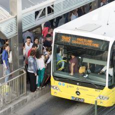 Günün Her Saati Kendine Has Bir Yoğunluğu Olan Metrobüsü İlk Kez Kullanacaklar İçin Tavsiyeler