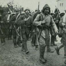 Yüzbaşı Mehmet Tevfik'in Çanakkale Savaşı'nda Ailesine Yazdığı Duygu Yüklü Mektup