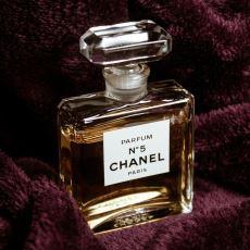 Parfüm Dünyasında Yepyeni Bir Devir Başlatan Koku: Chanel No. 5