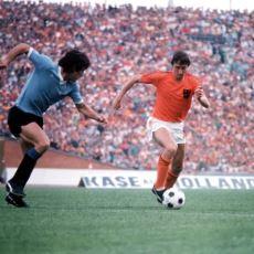Hollanda'nın 1974 FIFA Dünya Kupası'nda 10 Kişiyle Yaptığı Efsane Pres