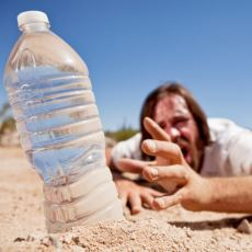 Hayat Kalitesini Bir Anda Yerle Bir Edebilen Dikkat Edilmesi Gereken Durum: Dehidrasyon