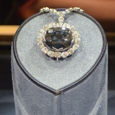 Sahip Olanın Başına Gelmedik Kalmayan Uğursuz Mücevher: Mavi Elmas