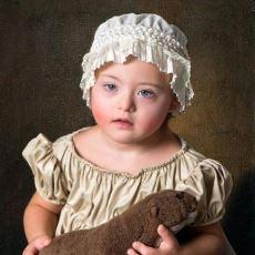 Down Sendromlu Çocukların Canlandırdığı Dünyaca Ünlü Tablolar