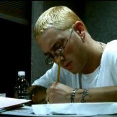 Yıllar Geçse de Aynı Şevkle Dinlenen Eminem Şarkısı Stan'in Anlattıkları