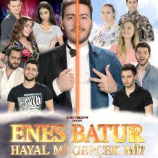 Enes Batur'un Filmine Giden Yeni Nesli Hunharca Eleştirirken Gözden Kaçırdığımız Nokta