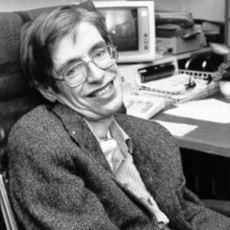 Evrenin Sırlarına Belki de Hiç Kimsenin Olmadığı Kadar Vakıf Olan Stephen Hawking'in Hayatı